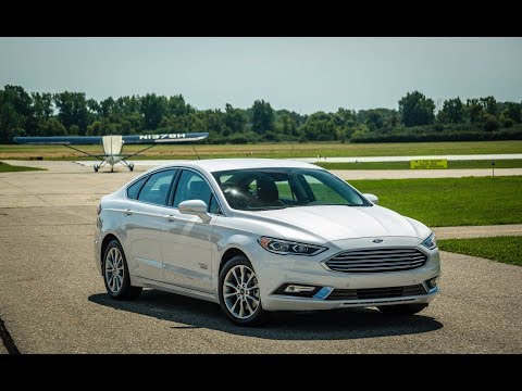 Test Driver 2017 Ford Fusion Energi Platinum Electric Range