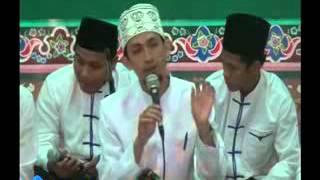 Hadroh Al-Barzanji Pondok Pesantren Darul Huda Mayak Live 2016 - Bersama Ust. Laits Atsir