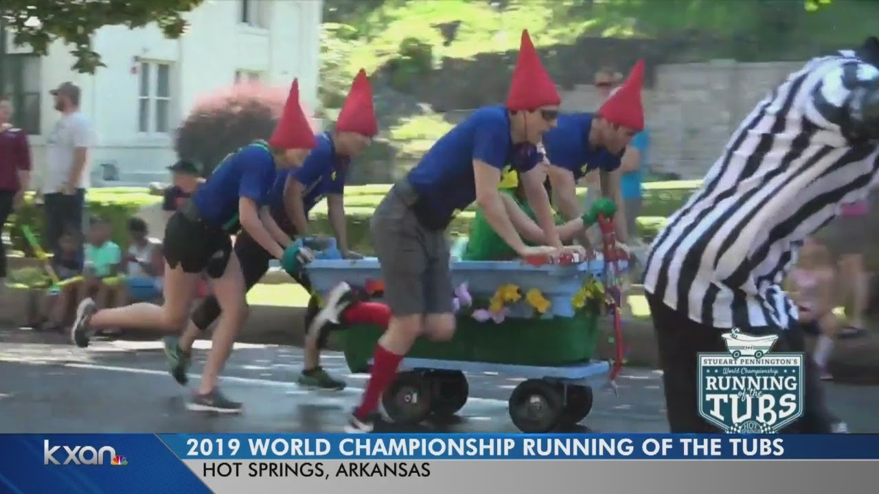 Austin team wins 'Running of the Tubs'