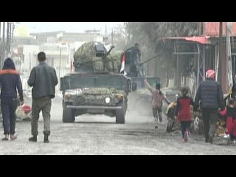 Geography, civilian casualties slow push to recapture Mosul