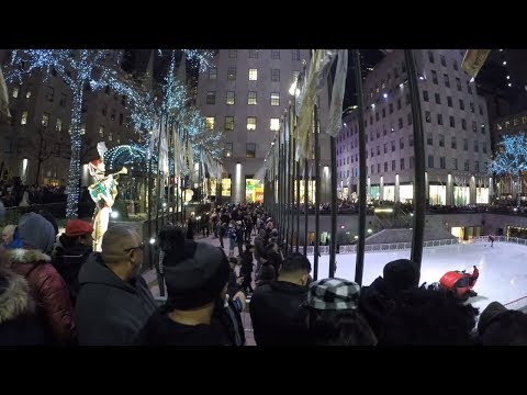 ⁴ᴷ Walking Tour of Rockefeller Center, NYC during the Holidays 2017
