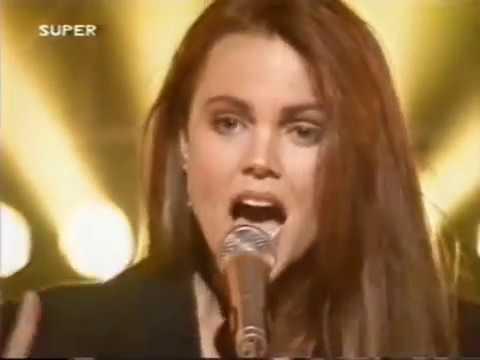 Belinda Carlisle -  Leave a light on -  SUPER channel 1989 mp3