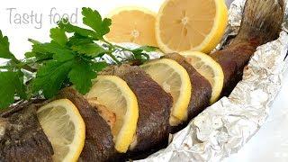видео Речная форель, запеченная в духовке: рецепт
