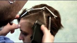 Shaved temples/ бритый висок