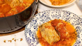 Greek Cabbage Rolls in Tomato Sauce: Lahanodolmades