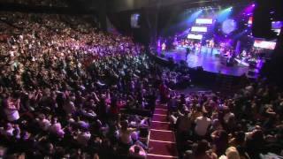 "Armenchik ""Tox Kez Sirem"" Live Gibson Amphitheater 2007"