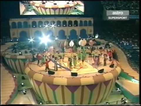 Arrival of The Queen & Agong - Closing Ceremony of Kuala Lumpur 98 XVI Commonwealth Games