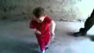 Ennadi muniyamma song music - little kid dancing