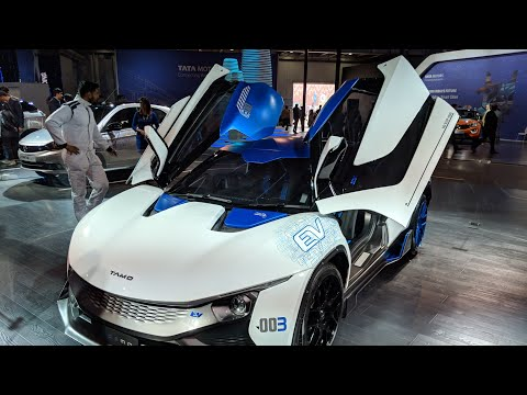 Tata Tamo Racemo Review in Hindi | Auto Expo 2018 | MotorOctane