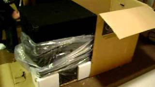 Peavey PV 118 Subwoofer Unboxing