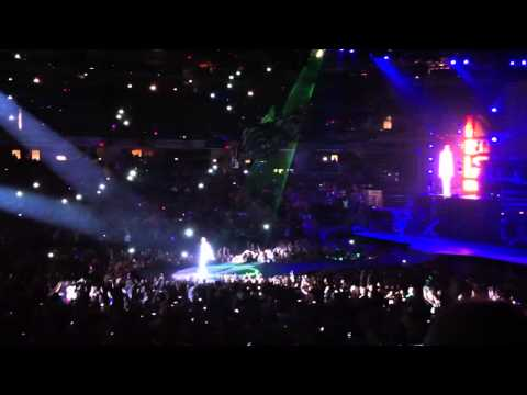 Justin Bieber,All Around the world opener,Daughter 1st Concert, Indianapolis, IN, July 2013,