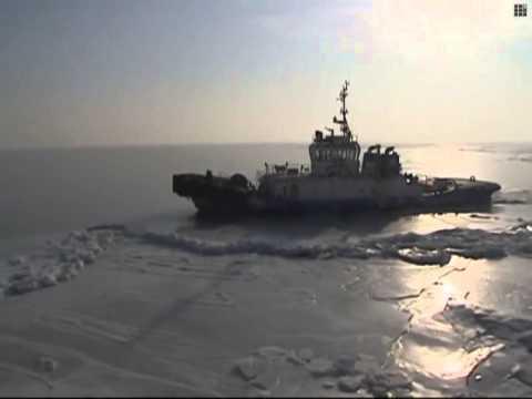 Frozen sea threatens ship safety