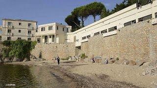 مائة الف فرنسي يوقعون على عريضة احتجاج ضد غلق شاطئ بالقرب من مقر اقامة الملك السعودي في فالوريس   26-7-2015