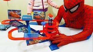 Đồ Chơi Trẻ Em Đường Đua Ô tô McQueen, McQueen Cars Super Racing Musical Toy For Kids, BaBiBum