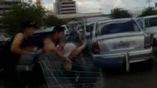 Banda Disaster _ Andando De carrinho de s.mercado