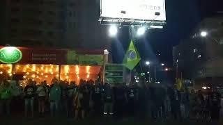 Simpatizantes de Bolsonaro inauguram novo outdoor em apoio ao pr-presidente em Santa Maria