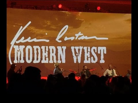 Kevin Costner & Modern West live Concert Video snapshot