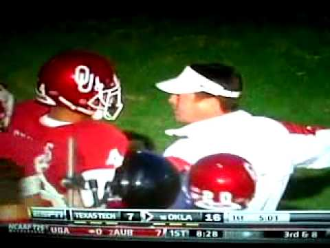Kenny Stills scores a touchdown then gets chewed out by Bob Stoops