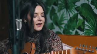Honeyblood - Glimmer (Stripped Back Session)