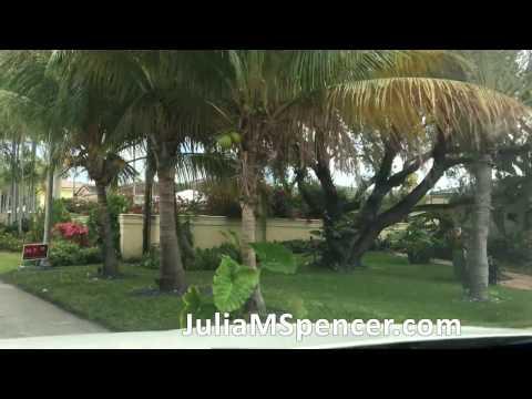 Drive through nice Fort Lauderdale Florida Neighborhood