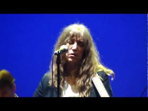 Patti Smith live @ the Burgtheater, Vienna 30th of may 2011 - Beneath the Southern Cross