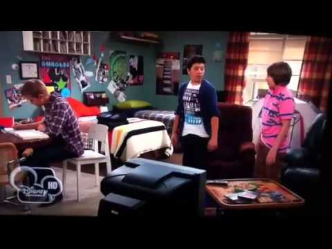 Ryan lee in good luck Charlie hole s