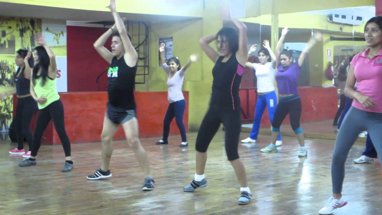 Baile modernos con kevin delgado youtube for Gimnasio zeus