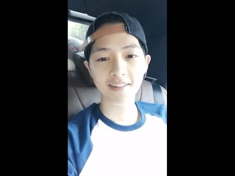 160521 Yizhibo App #2 | SJK FM in Wuhan - Song Joong Ki's selfcam on the way to the fanmeeting venue