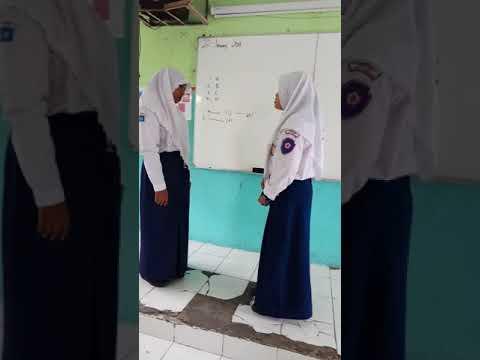 Practice speaking English Indonesian SMPN 3 Gresik