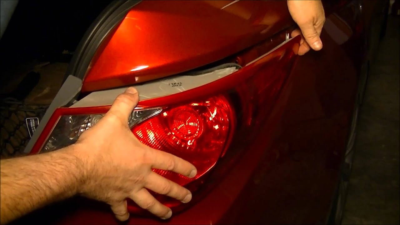 maxresdefault hyundai sonata 2011 rear tail light assembly (lens) removal and 2011 hyundai sonata tail light wiring harness at panicattacktreatment.co