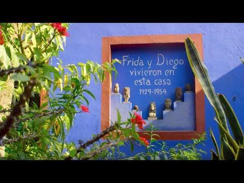 a tour of frida kahlous blue house u la casa azul