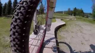 Mountain Biking with the GoPro HERO 4 Session (1080p/60fps)