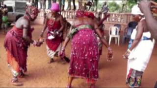 GRABE BENIN à la fête du vodoun 2017