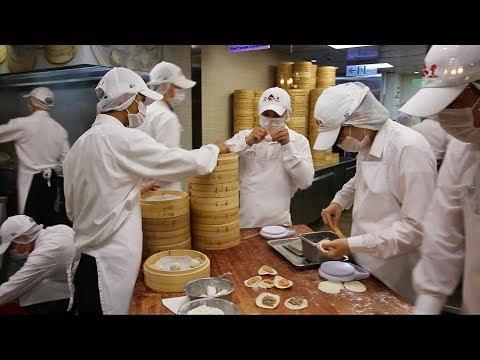 Taiwan's PERFECT Xiaolongbao at Din Tai Fung 鼎泰豐 | EXQUISITE Taiwanese Dumplings at Taipei 101