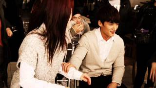 Emergency Couple Behind The Scenes