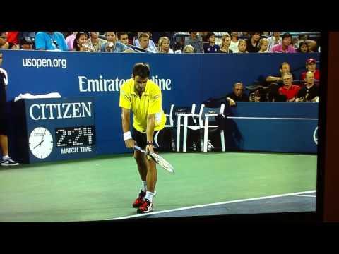 Robredo Annihilates Useless Federer In New York !!