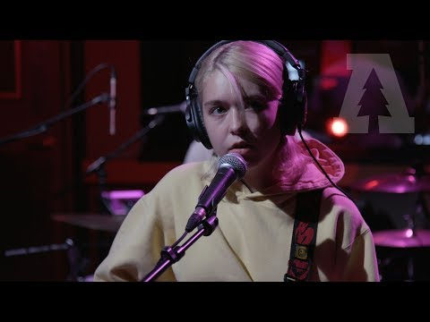 Snail Mail - Dirt - Audiotree Live (1 Of 5)