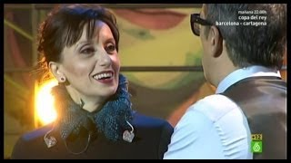 En el aire - Luz Casal canta a voz y piano su nuevo single