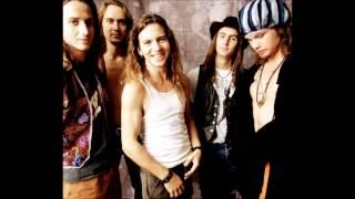 Pearl Jam - Even Flow (Lyrics)