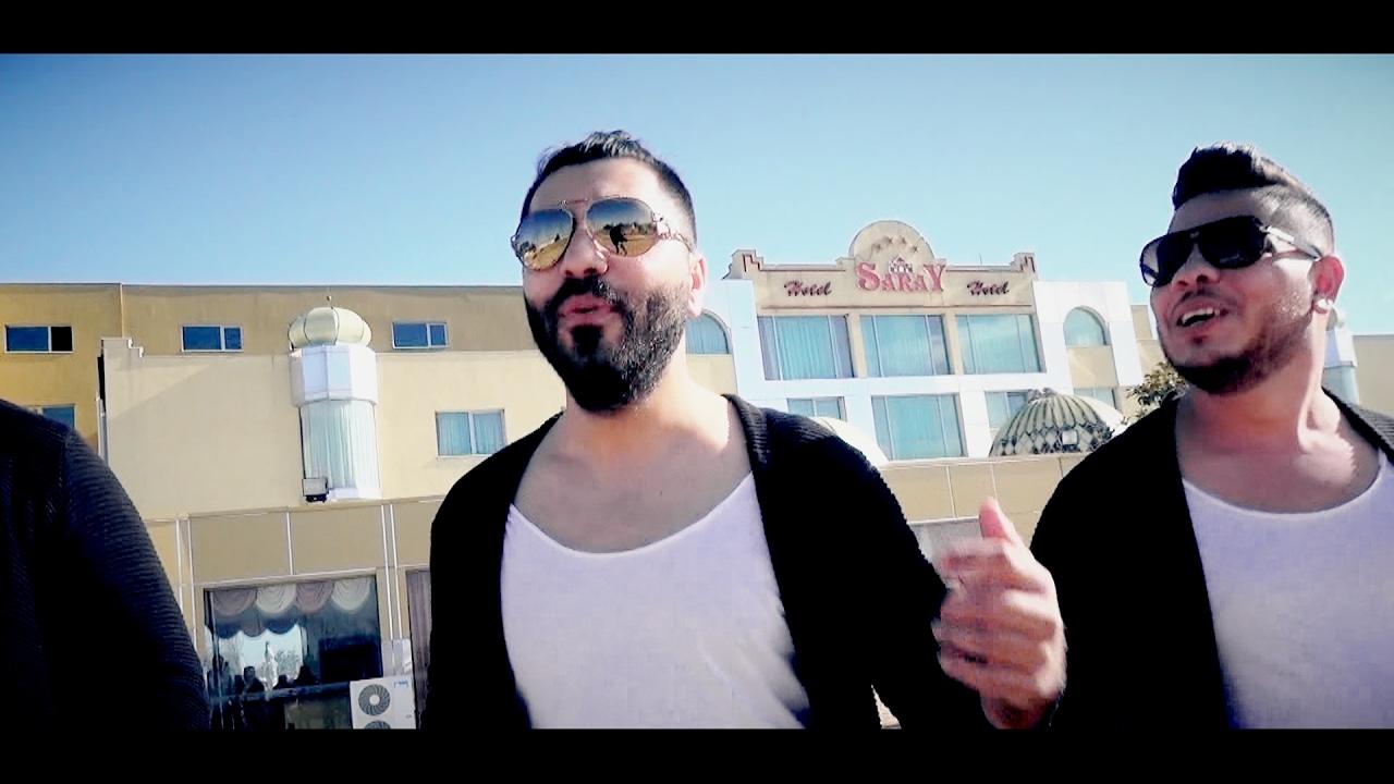 İzmirli Necati & Aylin - Farkındayım