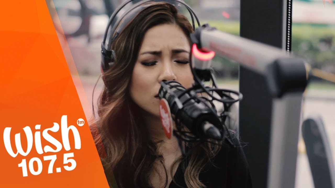 Moira Dela Torre performs 'Tagpuan' LIVE on Wish 107.5 Bus