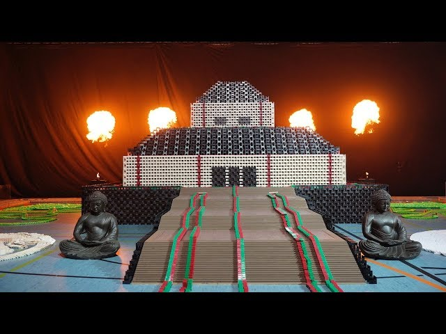 Teaser Light Show - 500,000 Dominoes - World of Art