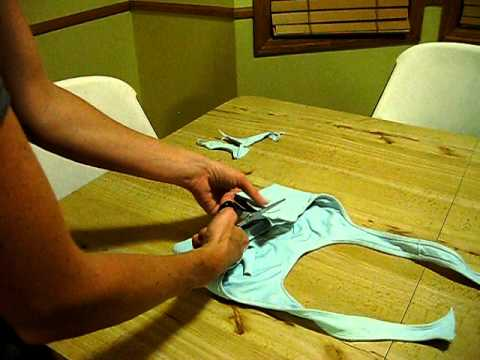 How to make a regular sport bra into a halter sport bra! - YouTube