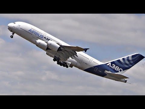 Airbus A380 Airshow Display | Paris Airshow 2017 | STEEP Takeoff, Flight Display & Landing!
