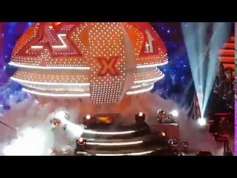A nave da Xuxa desceu no #DANCINGBRASIL