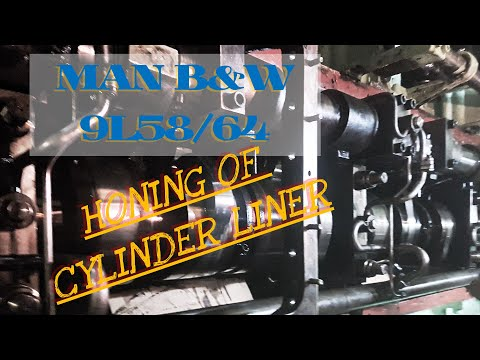 Honing main engine liner