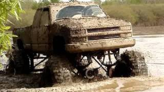 """ULTIMATE MUD TRUCKS OF THE SOUTH! Silverado, S-10, Dodge Cummins 4x4 on 54"""" Boggers"""