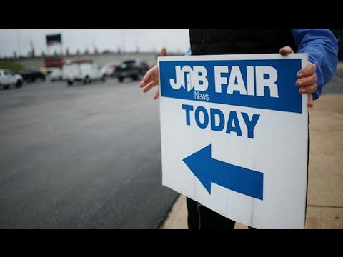 Bill Gross on June Jobs Report: Don't Get Too Excited (Full Interview)
