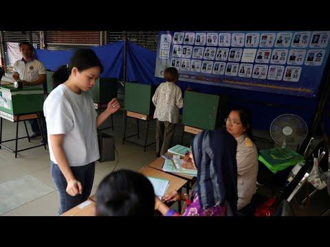 التايلانديون يصوتون في أول انتخابات بالبلاد منذ الانقلاب العسكري في 2014  - نشر قبل 3 ساعة