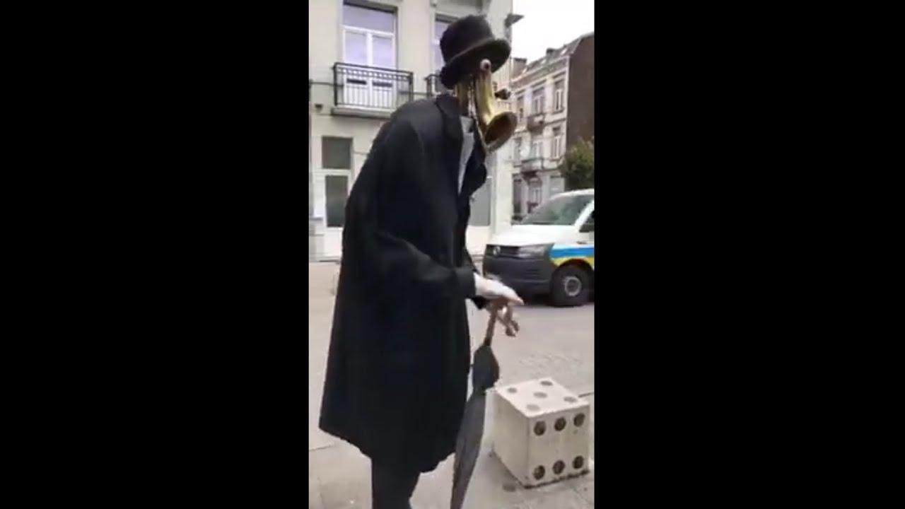 Funny Mr. Saxophone